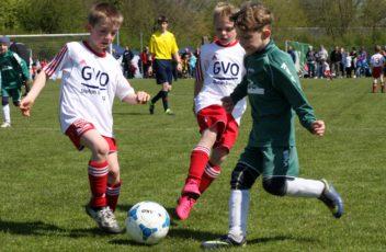 Kinder kicken für Kinder (7)